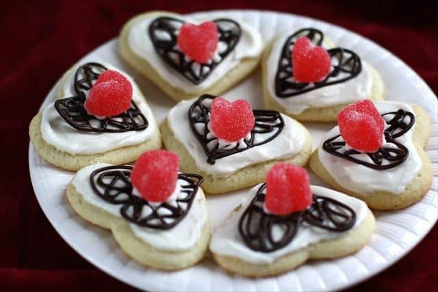 These cookies are so beautiful! I am in love with them!