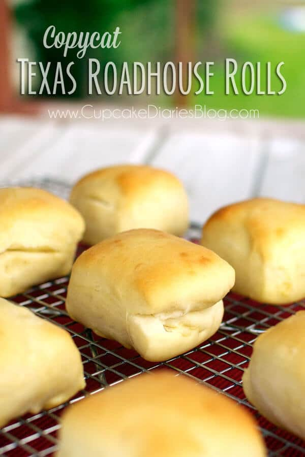 Copycat Texas Roadhouse Rolls are so delicious and perfect in every way and compliment any dinner! | Featured on The Best Blog Recipes