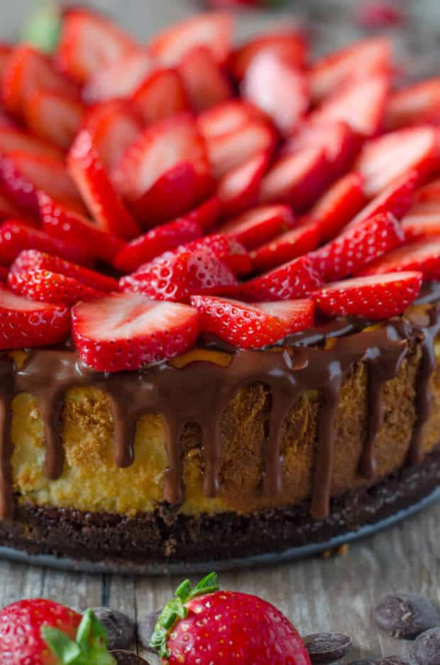 CHOCOLATE COVERED STRAWBERRY CHEESECAKE -- with a chocolate graham ...