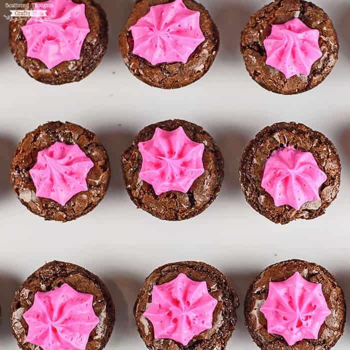 PINK FROSTED BROWNIE BITES -- the perfect treat anytime you need a pink & girly dessert! | Featured on www.thebestblogrecipes.com