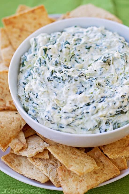 15 Minute Skinny Artichoke Dip - The Best Blog Recipes