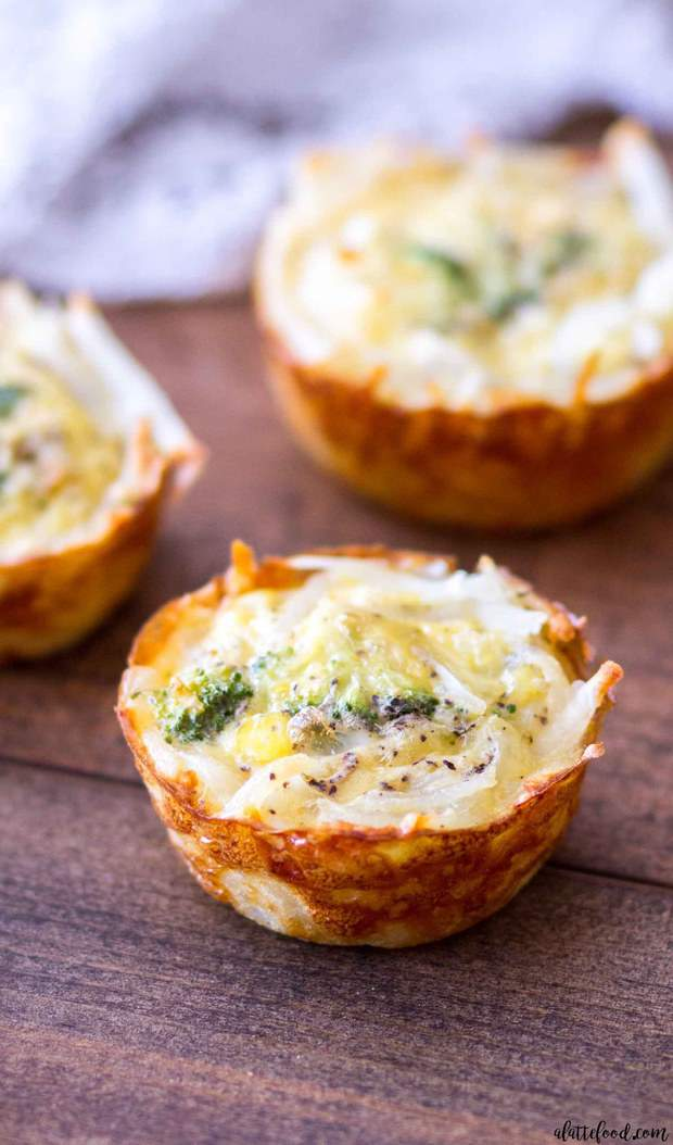 These mini broccoli and cheddar quiche cups use hash browns for the crust instead of pastry dough, which is a fun and unique twist on the classic quiche recipe! Plus, the hash browns are golden brown, crispy, and make these mini quiche cups irresistible!