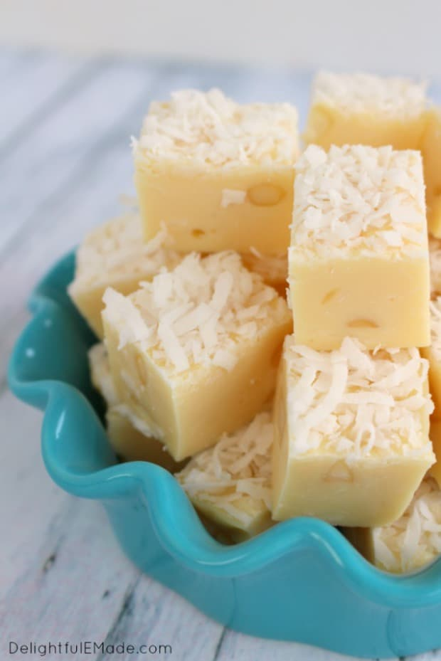 COCONUT FUDGE WITH MACADAMIA NUTS--31+ COCONUT DESSERTS THAT WILL SATISFY YOUR SWEET TOOTH!