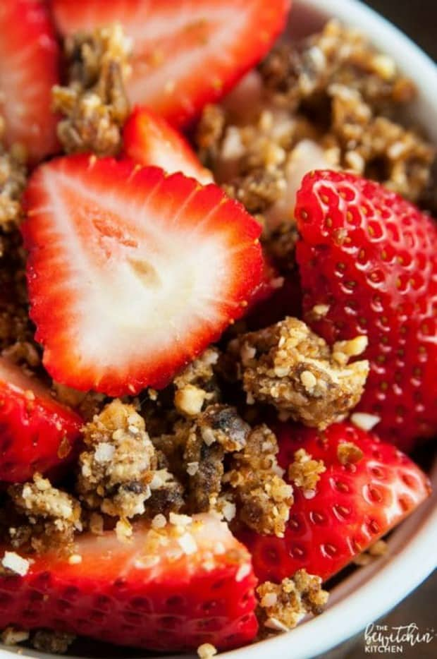 This simple recipe for Strawberries with Coconut Cashew Crumble is a delicious (and Whole30 approved) snack that can also double as a breakfast side