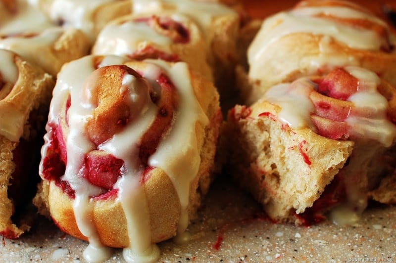 Raspberry Whole Wheat Sweet Rolls -- Part of The Best Breakfast Sweet Rolls Recipes