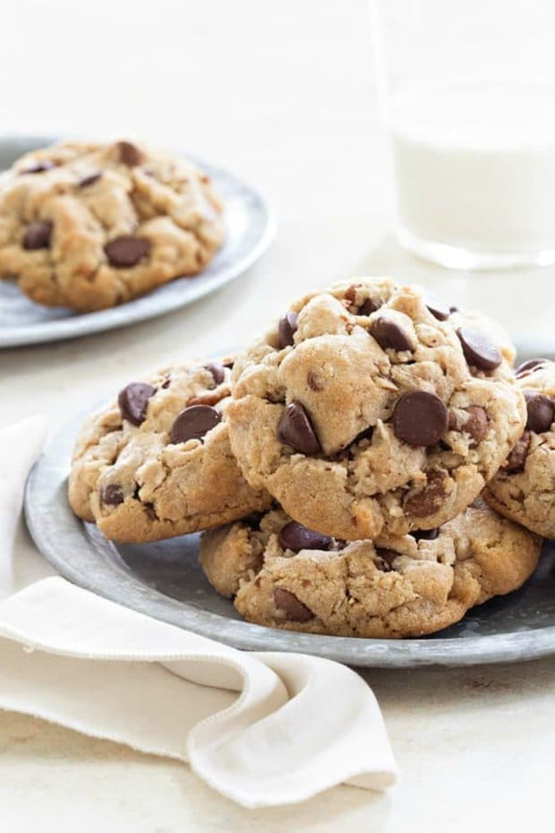 CARAMEL COCONUT CHOCOLATE CHIP COOKIES--31+ COCONUT DESSERTS THAT WILL SATISFY YOUR SWEET TOOTH!