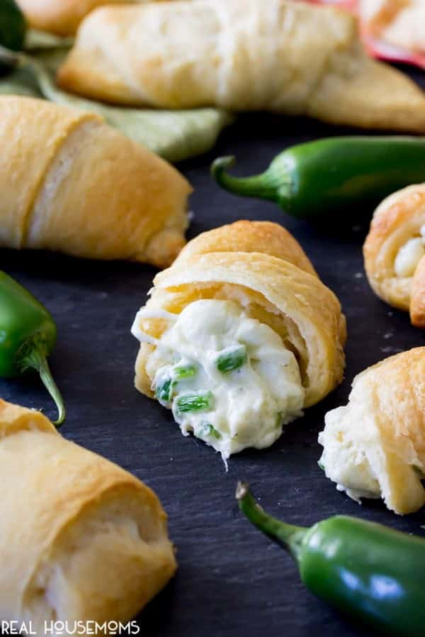These Jalapeno Popper Crescent Rolls are made with pre-made crescent roll dough and with a simple jalapeno popper inspired filing. They take just 15 minutes to assemble and are sure to be a show stopper!