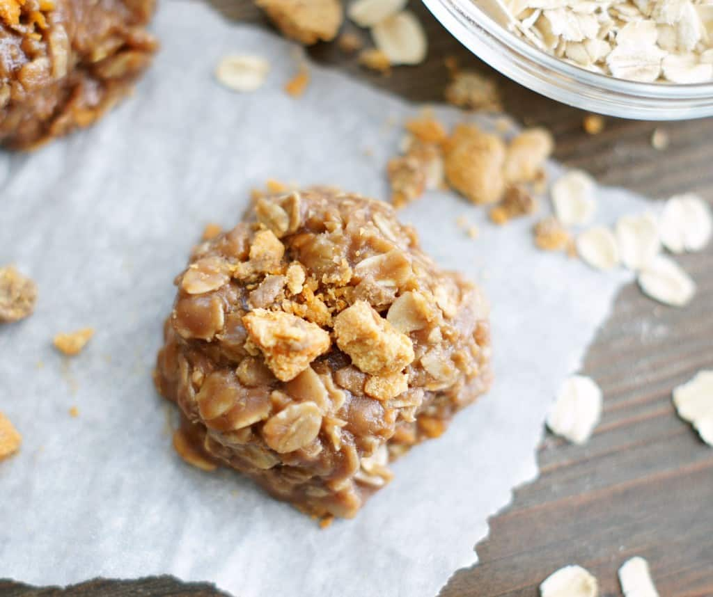 No Bake Chocolate Butterfinger Cookies -- Part of The Best Butterfinger Recipes