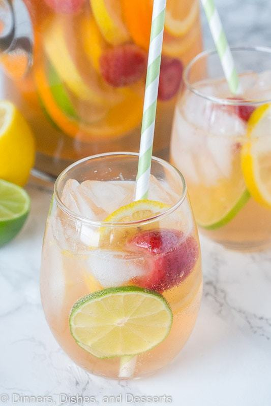 White Sangria Recipe – An easy white wine sangria that is crisp, refreshing, and delicious. Great for entertaining or just because!