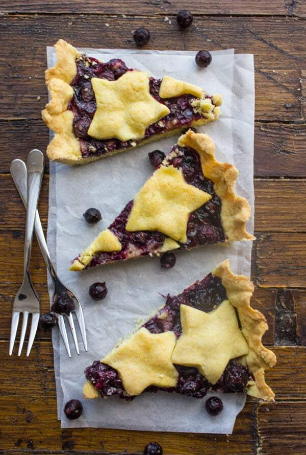 Easy Italian Blueberry Crostata -- Part of The Best Blueberry Recipes
