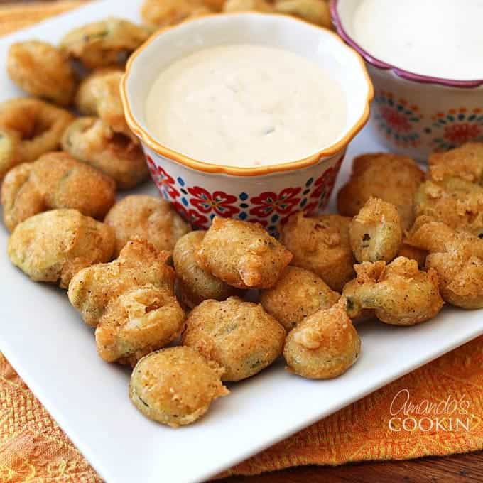 I love deep fried appetizers, even if I don't make them often. I've always loved jalapenos, so making deep fried jalapeno slices has long been on my list of things to make. With the big game coming up I knew I wanted to try something new. These fried jalapeno appetizers are amazing and I can't wait to make them again on the big day!