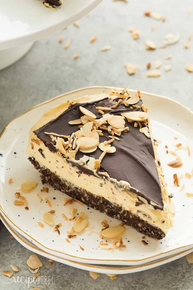 This No Bake Nanaimo Bar Cheesecake has all of the familiar flavors of the classic Nanaimo bar but in an easy no bake cheesecake!