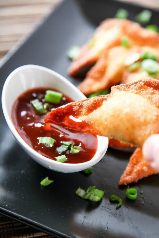 CrCrab Cream Cheese Wontons Super crispy wontons stuffed with a juicy and flavorful crab filling. Cheaper and faster than takeout! Optional Sweet & Sour dipping sauce recipe included.