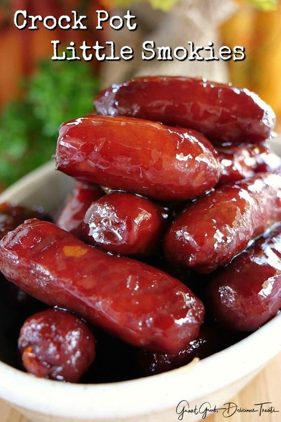 You know, you can never have enough appetizers during the holidays. Here are some super simple, no fuss, tasty, crock pot little smokies that are definitely a hit and perfect to serve for the upcoming holidays.