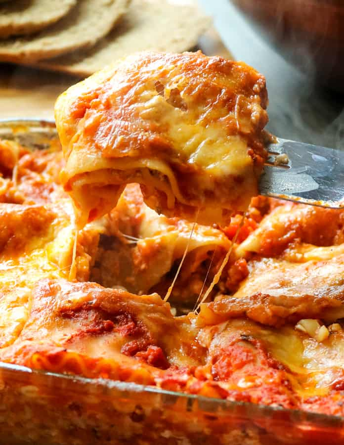 Easy Homemade Lasagna: No pre-boiling noodles or browning meat. It is as simple as layering and is ready in 5 minutes! But tastes just as delicious as the classic.