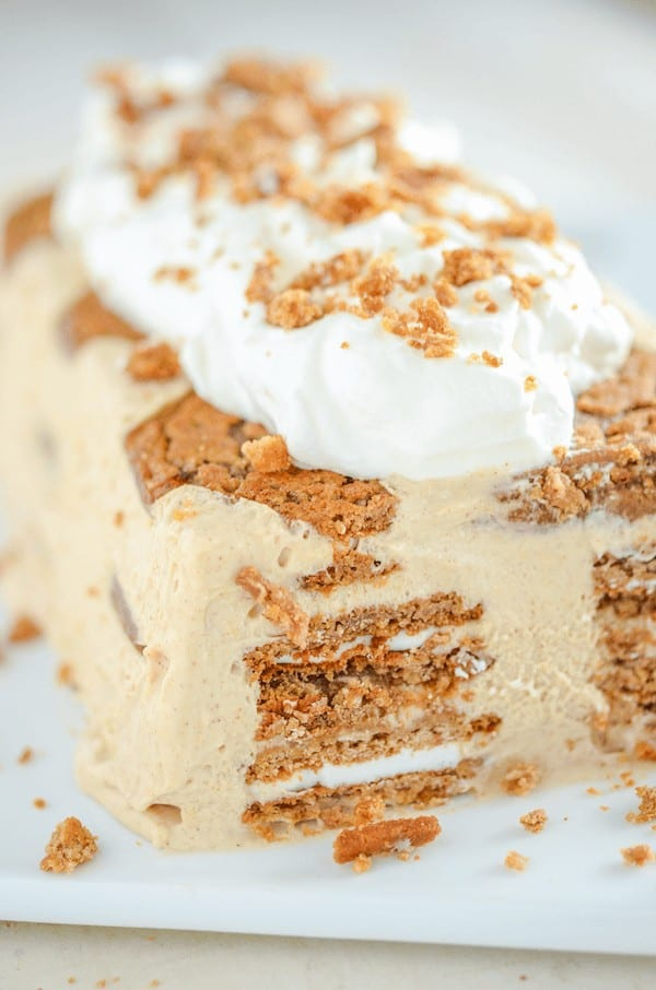 Oatmeal Creme Pie Ice Cream Cake is to die for. It has the most amazing flavor and texture!