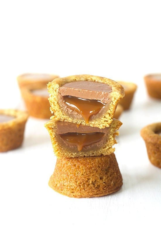 Using a soft buttery cookie dough, Twix cookie cups are filled with gooey caramel and then topped with a smooth coating of milk chocolate. Perfect for Twix lovers everywhere.