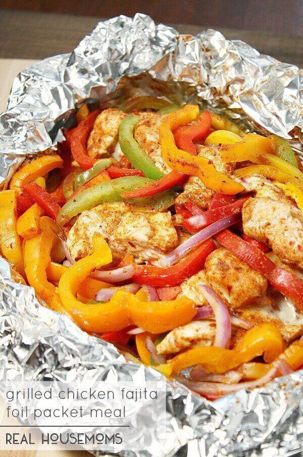Grilled Chicken Fajita Foil Packet Meal