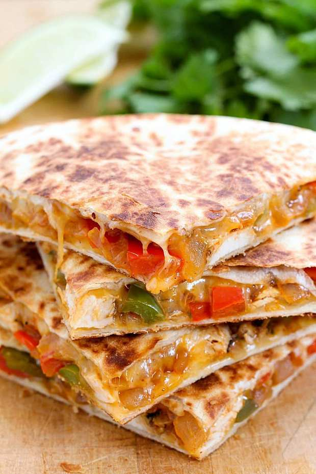 Chicken Fajita Quesadilla combines two of my favorite things: Fajitas and Quesadillas! This is an easy recipe for a cheesy, flavorful chicken quesadilla made in just minutes!
