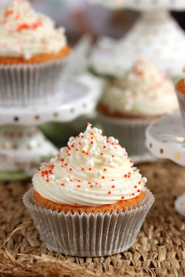 This Orange Creamsicle Cupcake recipe is a fresh burst of summer flavor even on the grayest day.