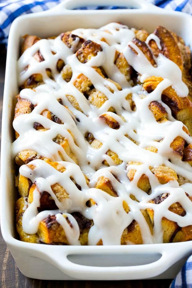 There's nothing better than warm cinnamon rolls, especially around the holidays! This cinnamon roll french toast bake will have your house smelling delicious and will satisfy the whole family.