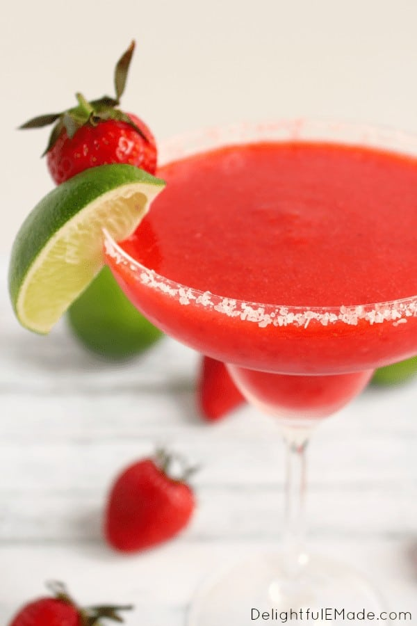Strawberry Lime Margaritas -- Part of the Best Alcoholic Drinks