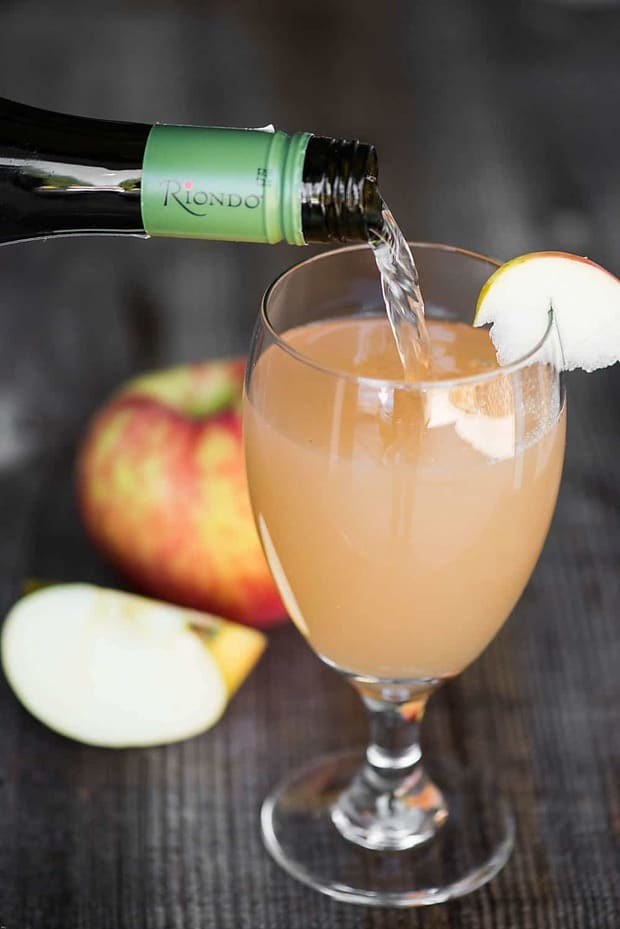 Spiced Apple Prosecco -- Part of the Best Alcoholic Drinks