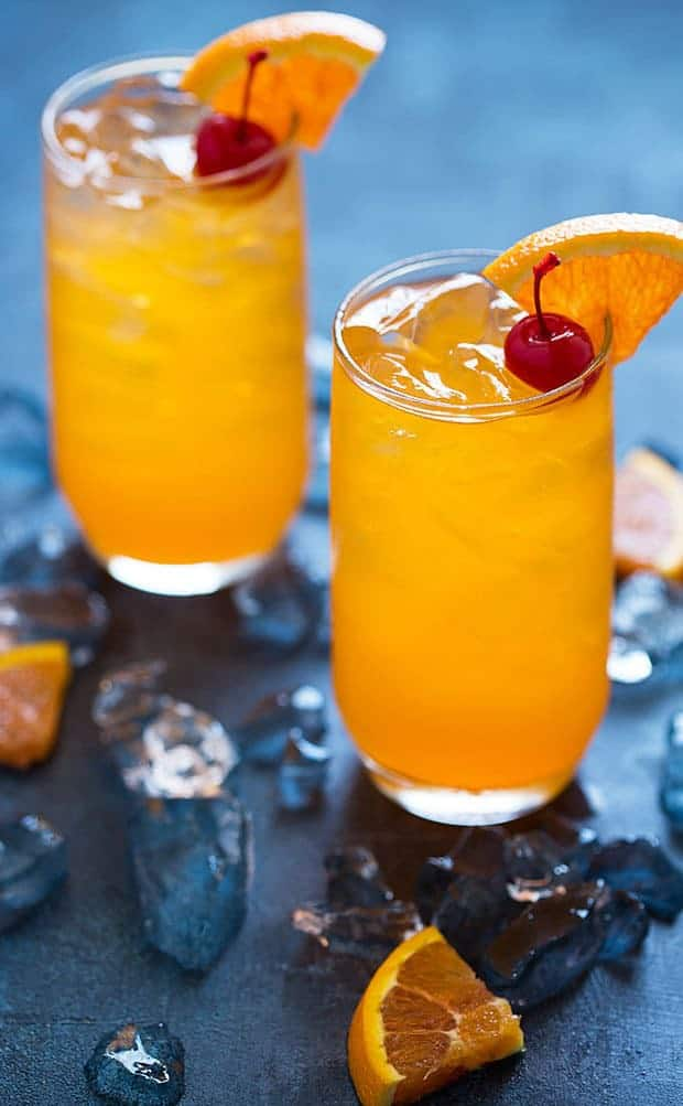 Happy Friday! Today I'm sharing one of my favorite cocktails that tastes like a dessert: Creamsicle Delight Cocktail. It tastes just like a creamsicle!