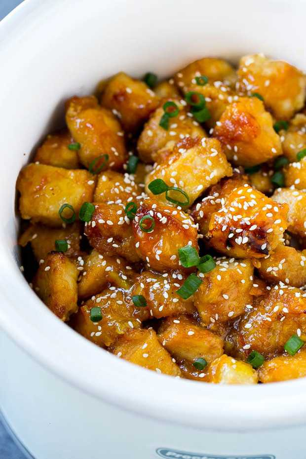 SLOW COOKER ORANGE CHICKEN -- Part of The Best Crock Pot Dinner Recipes
