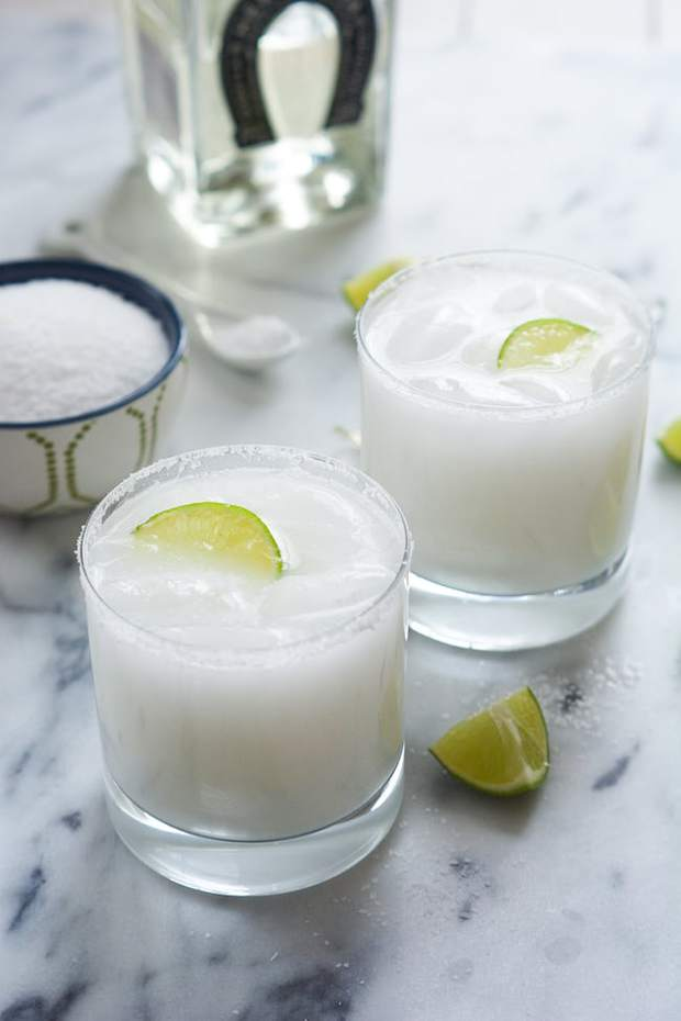 Skinny Coconut Margarita -- Part of the Best Alcoholic Drinks