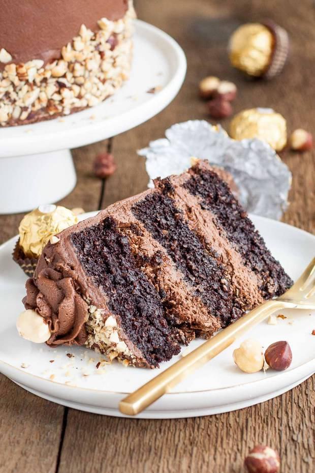 5b6728fbcad5 Ferrero Rocher Cake - The Best Blog Recipes