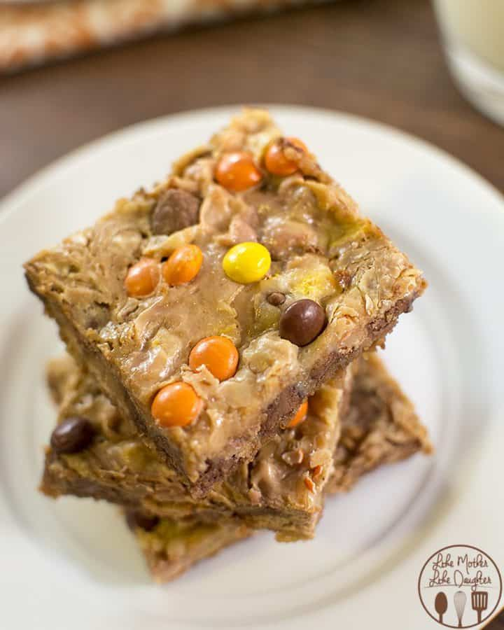 Not your typical magic bars, these are topped with of course reese's pieces, chocolate chips and then the best part sweetened condensed milk, but i added a little peanut butter to mine to make that peanut butter taste even stronger.