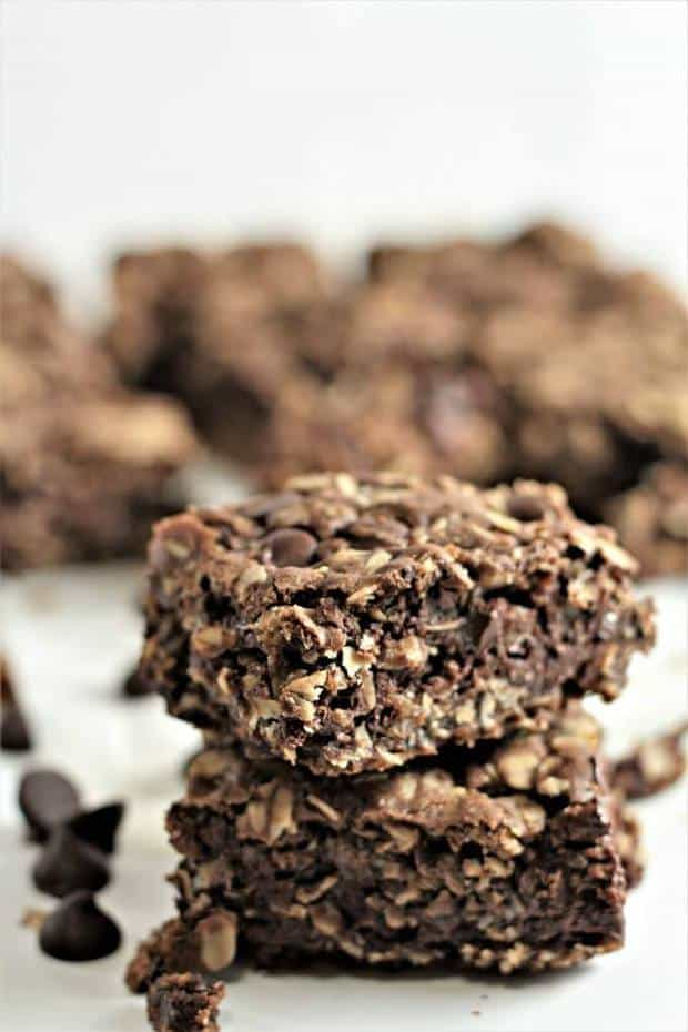 Chocolate Chocolate Chip Oatmeal Bars - The Best Blog Recipes