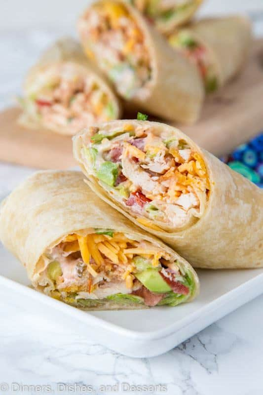 Crunchy Southwestern Chicken Wrap – easy lunch ideas are hard to come by. These chicken wraps come together in minutes, you can make them ahead, and the creamy spicy sauce makes them extra tasty!