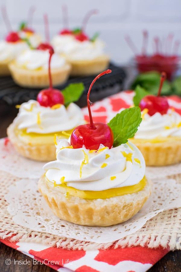Mini Lemon Cheesecake Pies Recipe