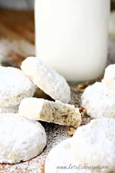 PECAN SANDIES SHORTBREAD COOKIES — Delightful pecan shortbread cookies coated in powdered sugar. A holiday cookie classic!
