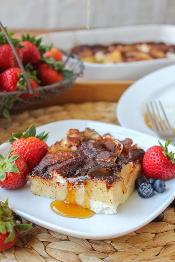 This easy French toast casserole is easy and cream cheesy. Top it with mounds of cinnamon and syrup and we are well on our way to the best breakfast ever…in one hour.