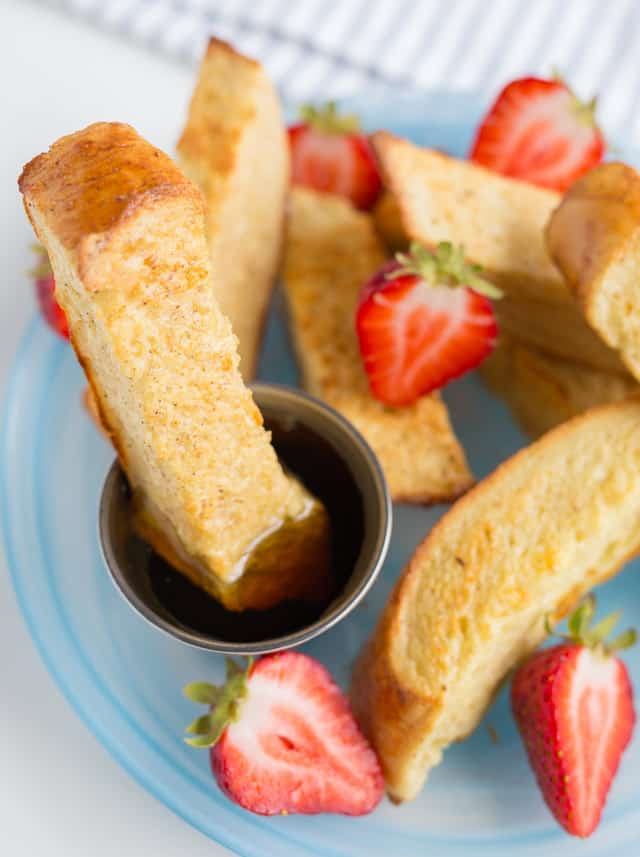 Make ahead breakfast to the rescue on busy mornings.  Freezable French Toast sticks are filling, delicious and easy for kids to eat!