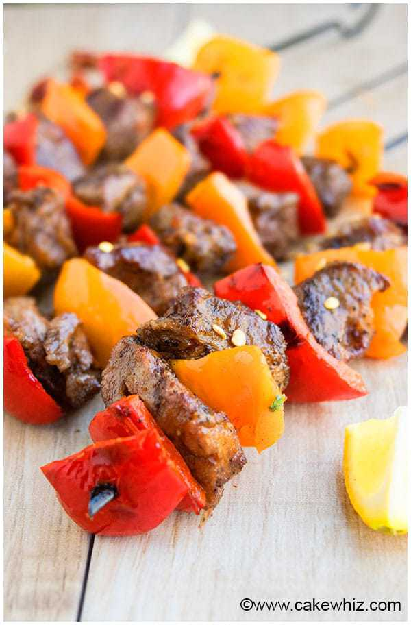 Quick and easy steak kabobs recipe, made by marinating sirloin pieces in the best steak marinade. These grilled beef kabobs can also be made in oven.