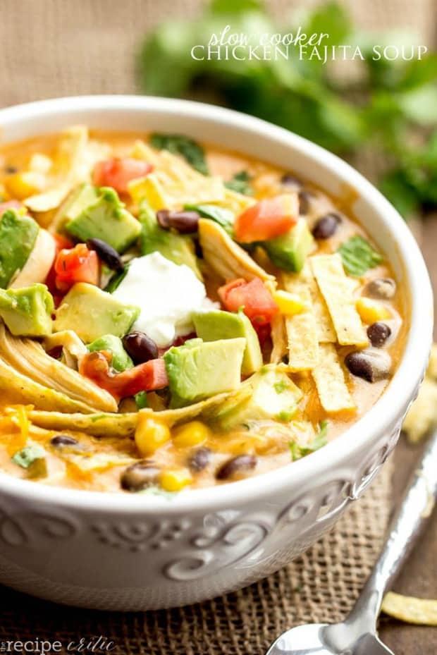 SLOW COOKER CHICKEN FAJITA SOUP--part of 20+ Easy Weeknight Mexican Chicken Dinner Recipes