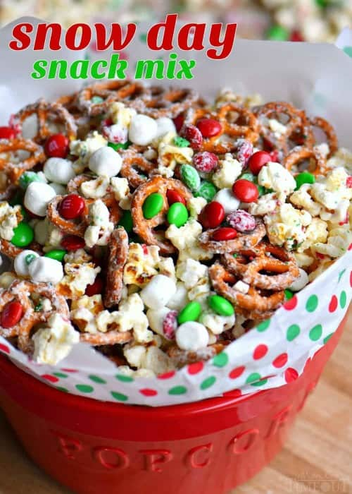 Snow Day Snack Mix -- Part of Fun and Festive Christmas Desserts