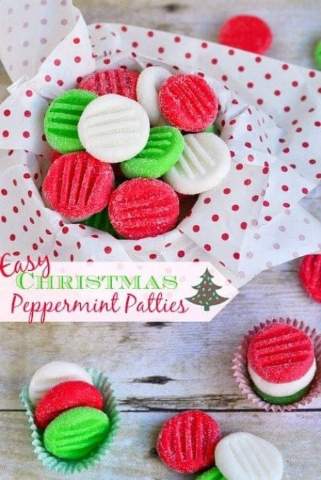 Easy Christmas Peppermint Patties -- Part of Fun and Festive Christmas Desserts
