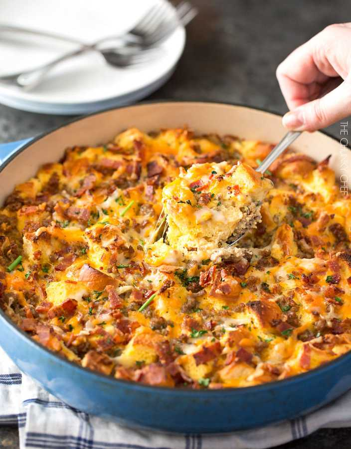 Take it easy on yourself by making this breakfast strata the night before, then bake it in the morning while you get ready! A true crowd pleaser, this breakfast strata is perfect for holiday breakfasts or when you have guests!