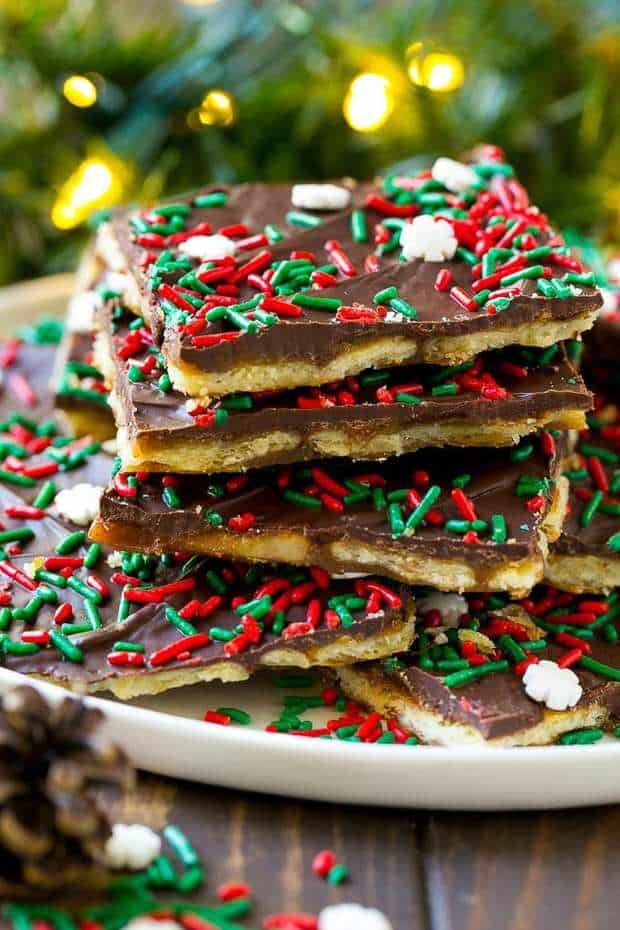 CHRISTMAS CRACK | 20+ Easy Christmas Dessert Recipes | The Best Blog Recipes