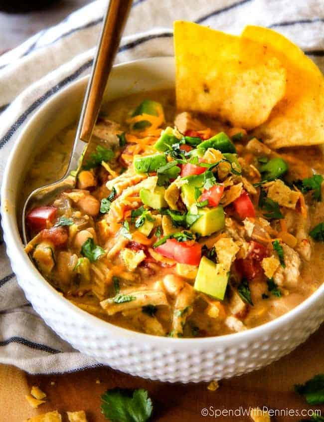 Slow Cooker Creamy White Chicken Chili -- Part of our Old Fashioned Chili Recipes like your grandma made!