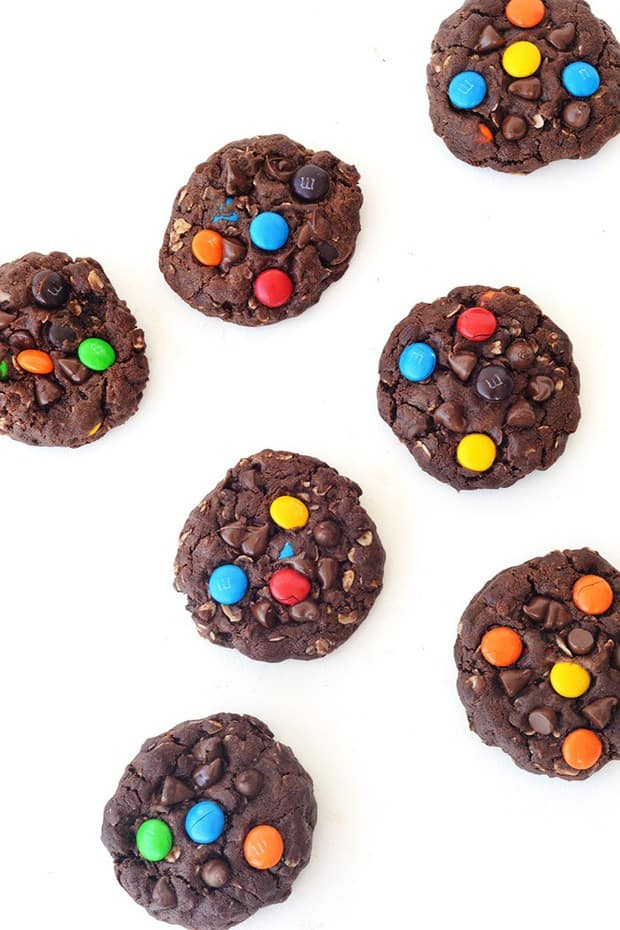 These Chunky Chocolate M&M Monster Cookies are totally loaded. We're talking peanut butter, chocolate chips, rolled oats and M&M's to name but a few.