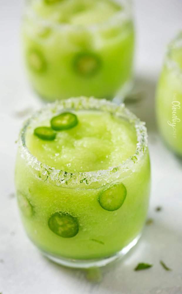 I love using fresh fruit like this in margaritas, especially when it's seasonal and super sweet right now!  Honeydew has such a sweet, refreshing flavor, not to mention the gorgeous green color.