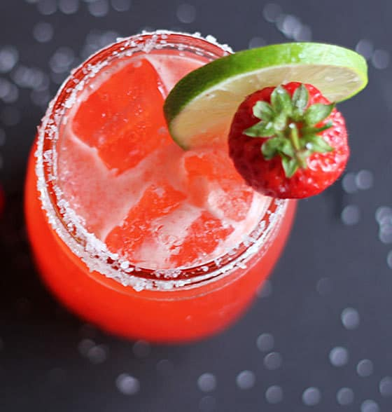 Sometimes, being a forgetful, scatterbrained blonde has its advantages.  That's how I came up with these Strawberry Beer Margaritas!