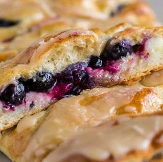 Best Blueberry Brekafast Braid